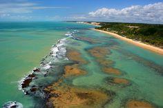 Praia do Espelho - Arraial D'Ajuda Backpacking South America, South America Travel, Wonderful Places, Beautiful Places, South America Destinations, Great Photos, Beautiful World, Places To Visit, Pictures