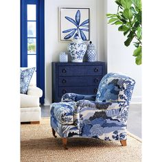 🌟Tante S!fr@ loves this📌🌟Barclay Butera Sydney Armchair Blue Rooms, White Rooms, Chinoiserie, Blue And White Living Room, Blue Living Room Decor, Blue Home Decor, White Decor, White Art, Upholstery