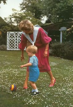 A really cute shot of Princess Diana with Prince William