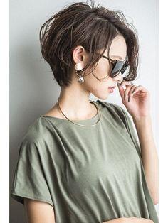 Shot Hair Styles, Curly Hair Styles, Hair Inspo, Hair Inspiration, Asian Short Hair, Asian Haircut Short, Corte Y Color, Short Hair Cuts For Women, Shoulder Length Hair