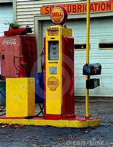 Yellow Red, notice the old coke machine in the back ground.