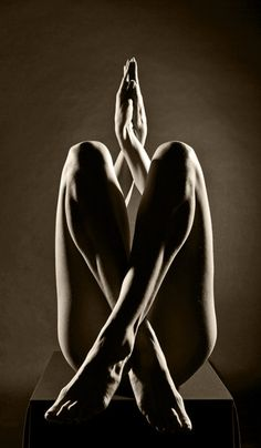 Black & White Photography. Body and composition. Female figure, legs, arms, crossed, shadow & light.