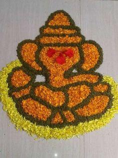 Flower Ganpati Rangoli Designs and Patterns for Diwali Simple Rangoli Designs Images, Rangoli Designs Flower, Rangoli Patterns, Small Rangoli Design, Rangoli Ideas, Colorful Rangoli Designs, Rangoli Designs Diwali, Diwali Rangoli, Flower Rangoli