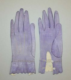 French lavender leather gloves ca. 1867 - There is something about delicate leather gloves that speaks to me of a genteel lifestyle. Victorian Era, Victorian Fashion, Vintage Fashion, Historical Costume, Historical Clothing, Purple Gloves, Vintage Gloves, Antique Clothing, Shades Of Purple
