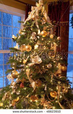 christmas tree decor with ribbon - Yahoo! Christmas Tree Background, Ribbon On Christmas Tree, Christmas Trees, Holiday Ornaments, Christmas Tree Decorations, Woodland Christmas, Elegant Christmas, Country Christmas, Ribbon Decorations