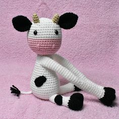 Cow curtain tieback crochet PATTERN right or left cow tieback Crochet Cow, Crochet Baby Booties, Crochet Animals, Crochet For Kids, Crochet Hooks, Single Crochet Stitch, Double Crochet, Crochet Stitches, Crochet Patterns