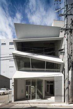 HASE BLDG.8 / C+A Coelacanth and Associates