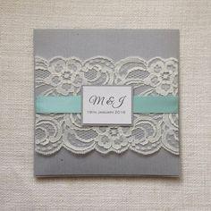 Invitación de boda rústica gris & menta de por StunningStationery