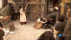 La falsa Aurora tenta di uccidere Tristan e la vera Aurora scaraventando loro addosso un asse di legno