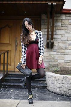 Grunge style - tartan shirt - grunge style - street style - Fiorella Requejo - FLAVOUR TREND BLOG (facebook)