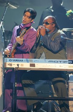 Prince and Stevie Wonder perform onstage at the 2006 BET Awards at the Shrine Auditorium on June 27, 2006 in Los Angeles, California. Picture: Frazer Harrison/Getty Images