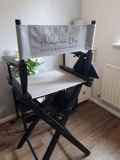 Makeup Artist Chair, Makeup Chair, Makeup Artists, Beauty Room Decor, Beauty Salon Decor, Schönheitssalon Design, Makeup Studio Decor, Makeup Salon, Makeup Rooms
