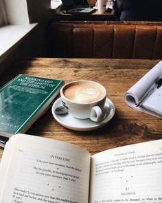 9 Astute Tips: Coffee And Books Winter coffee cozy caffeine.Coffee And Books Winter coffee background dining rooms. Coffee Cafe, Iced Coffee, Coffee Drinks, Coffee Shop, Coffee Mugs, Hot Coffee, Coffee Creamer, Black Coffee, Coffee Girl