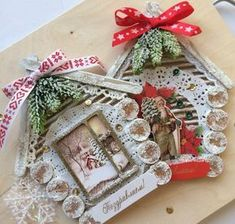 Do you dream of transforming your cocoon into a miniature Christmas village? Christmas Tag, Christmas Projects, Christmas Tree Ornaments, Christmas Wreaths, Diy Birthday Decorations, Handmade Christmas Decorations, Birthday Diy, Winter Decorations, Theme Noel