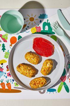 Olívás stangli | Street Kitchen Biryani, Ketchup, Feta, Tapas, Eggs, Breakfast, Street, Morning Coffee, Egg