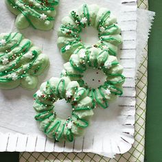 Holiday Spritz Cookies from Crisco® are a simple and delicious family favorite recipe! Christmas Sweets, Christmas Cooking, Christmas Goodies, All Things Christmas, Christmas Time, Christmas Ideas, Christmas Crafts, Merry Christmas, Spritz Cookie Recipe