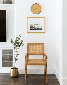 Living room remodel in a California home. Living room design and inspo. Living r . Top Hardwood Flooring - CLICK PIC for Lots of Wood Flooring Ideas. Living Room Interior, Living Room Chairs, Living Room Decor, Lounge Chairs, Dining Chairs, Dining Room, Estudio Mcgee, Home Living, Living Spaces