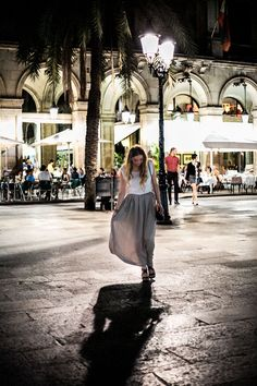 Excuse My Blog- Placa Reial #barcelona #maxiskirt #mango #ootd #fashion