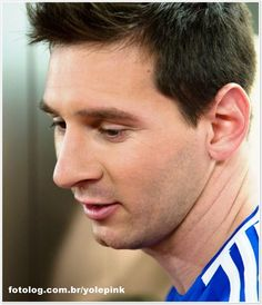 Leo Messi by Head & Shoulders