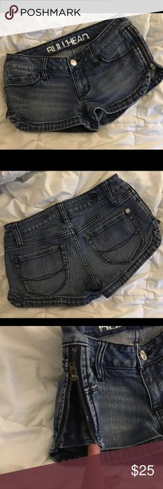 Bullhead Jean shorts These are bad ass!!!  Wish they fit me!!!!  Bullhead Jean shorts.  Size 0.  Awesome zips on sides.  Super cute shorts!!! Bullhead Shorts Jean Shorts