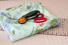 How to Cut Up a Vintage Sheet | FaveQuilts.com