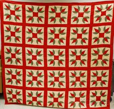 Hand and Machine-stitched Pieced Cotton Turkey Tracks Pattern Quilt Old Quilts, Antique Quilts, Vintage Quilts, Turkey Tracks, Barn Quilt Patterns, Turkey Time, Green Quilt, Quilts For Sale, Previous Life