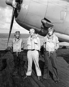 Torpedo Squadron Crew, Gruebel, Nelson, and Livingston, USS Enterprise 1944 Uss Enterprise Cv 6, Ww2 Photos, Ww2 Planes, World War Two, English Language, Wwii, Aviation, Livingston, Pilots