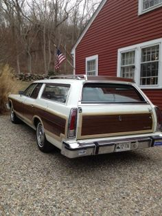 1976 Ford LTD Country Squire