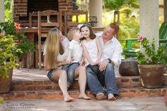 Puerto Morelos Professional Family Portraits,  Cancun, Riviera Maya and Mexico.   #cancunphotographers # familyphotos #familyportraitscancun #familyphotographercancun #cancunphotos   www.photosmilephotos.com info@photosmilephotos.com
