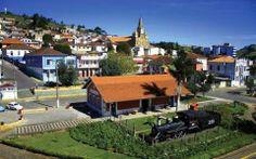 Conheça a cidade de Maria da Fé –Minas Gerais Pisa, Cidades Do Interior, Places To Travel, Cabin, Mansions, House Styles, Outdoor Decor, Home Decor, Strawberry Picking