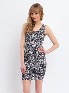 http://www.topsecret.pl/sukienka-damska-z-wiskozy-sukienka-obcisla-do-pracy-na-co-dzien-ssu1001-top-secret,26773,165,pl-PL.html#color=KOLOR_122