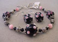 Black Pink Bracelet Earrings Set Swarovski Crystals Bumpy beads black and pink Pink cats eye by Magicclosetbling on Etsy