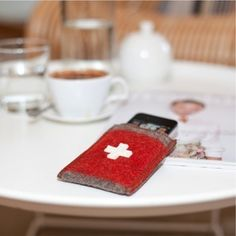 Smartphone Pouch - made from vintage Swiss army blanket  http://phonebuzz.biz