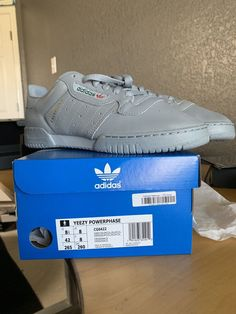 best loved da2a9 8d5fb Adidas Yeezys calabasas powerphase gray size 8.5 with box 100% Authentic   fashion  clothing