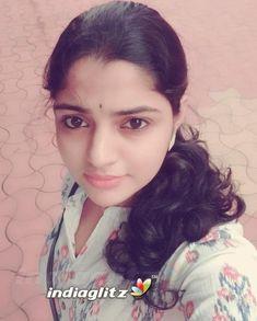 Beautiful Girl Indian, Most Beautiful Indian Actress, Beautiful Girl Image, Beauty Full Girl, Beauty Women, Beauty Girls, College Girl Image, Malayalam Actress, Tamil Actress Photos
