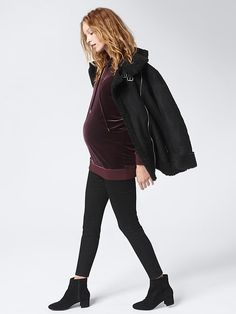 4d58084f061090 Maternity Clothing: featured outfits New Arrivals | Gap Maternity Clothing,  Maternity Fashion, Baby