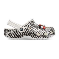 Crocs Drew X Crocs Unisex Adult Clogs Slip-on Round Toe Cute Sneakers, Cute Shoes, Me Too Shoes, Crocs Classic, Kinds Of Shoes, Shoe Closet, Drew Barrymore, Shoe Game, Beautiful Shoes