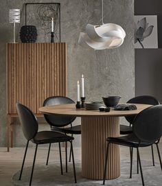 Contemporary Interior Design, Room Interior, Dining Table, Yard, House Design, Modern, Furniture, Home Decor, Guest Room