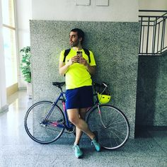 Me creo ciclista. #bike #bicycle #yellow #fluor #nike #adidas #prima #i #sebamarin #selfie #workout #exercise #love #lifestyle #instagood #instamood #instadaily #instagrammers #instacool #sport #ciclismo #paseo #arga #pamplona #navarra