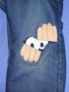 qué hacer con unos vaqueros rasgados - cute idea for a patch on kids clothing! Jean Crafts, Denim Crafts, Sewing Projects For Kids, Sewing For Kids, Sewing Clothes, Diy Clothes, Sewing Jeans, Fabric Crafts, Sewing Crafts
