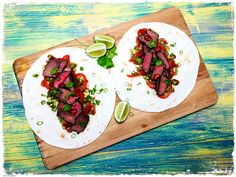Fajitas cu vita Fajitas, Guacamole, Tacos, Lime, Mexican, Ethnic Recipes, Food, Limes, Essen
