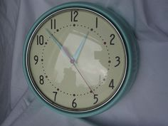 40s 50s Kitsch Duck Egg Blue & Cream Round Retro Style Analogue Wall Clock