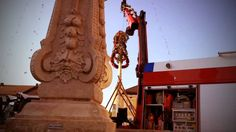#maibaumsetzen 2014 Zen, Lion Sculpture, Nice Asses