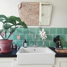 badezimmer im landhausstil - kleiner badspiegel