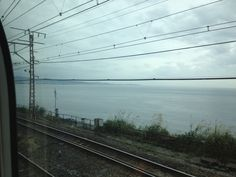 東海道本線から相模湾を望む