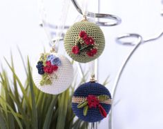 https://www.etsy.com/search/home-and-living/home-decor?q=christmas crochet