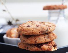 SITKEÄT VAAHTOKARKKI-SUKLAAKEKSIT - Kaakao kermavaahdolla Cookies, Desserts, Food, Crack Crackers, Tailgate Desserts, Deserts, Biscuits, Essen, Postres