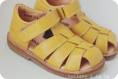 Sandals from Angulus
