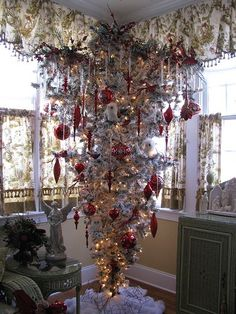 i am loving these upside down christmas trees more room for the gifts at the - Upside Down Christmas Tree Decorated