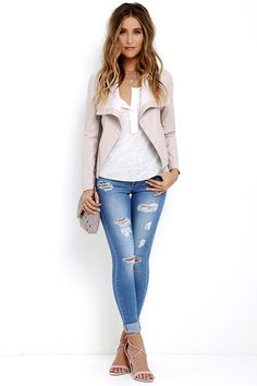Maximize your style by layering the BB Dakota Arianna Blush Vegan Leather Jacket over your fave sweaters and tees! Sleek vegan leather falls into a draping, open front that reveals a lush faux suede interior. Ribbed knit creates a cool contrast along the long, fitted sleeves. Front welted pockets.